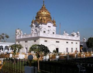Amritsar Dera Baba Nanak Tour Kartarpur Tours